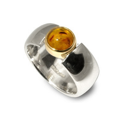Amber ring in silver and gold