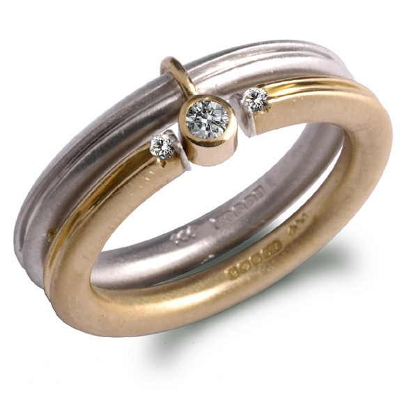 Aquilla diamond ring set