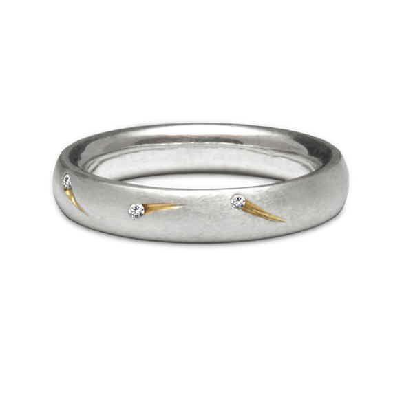 Diamond comet ring