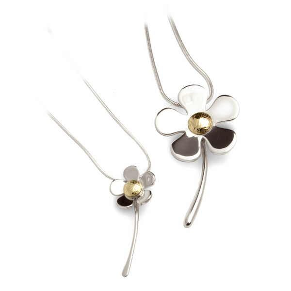 Daisy pendants in silver and reticulated gold