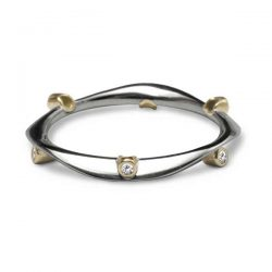 Diamond wave ring in silver and gold