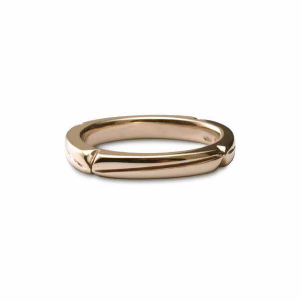 Diagonals ring