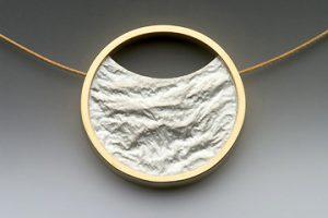 Reticulated pendant