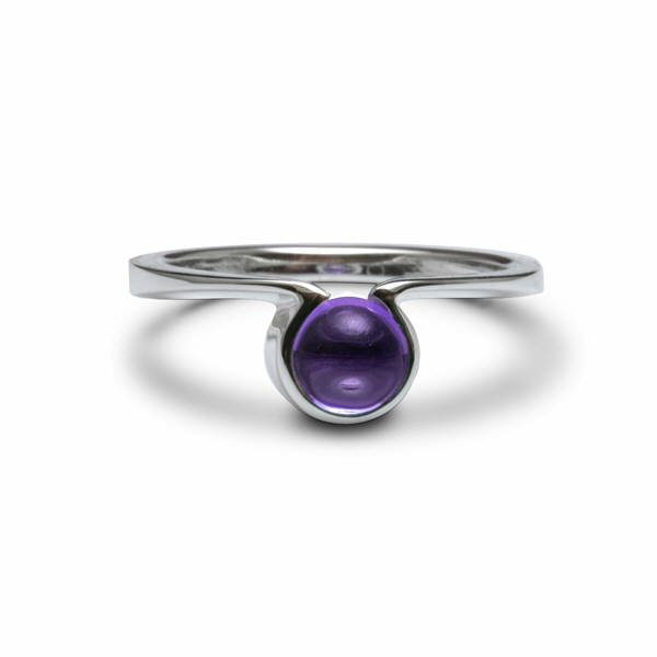 Silver omega ring set with amethyst