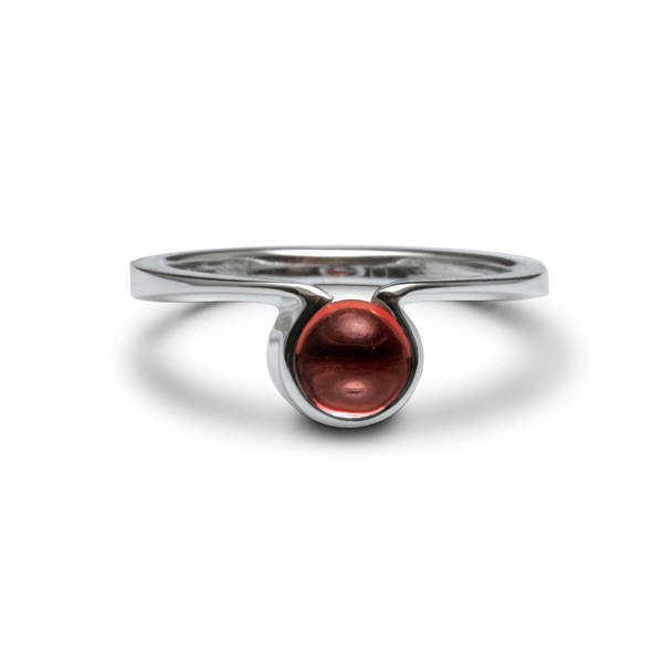 Silver omega ring set with garnet