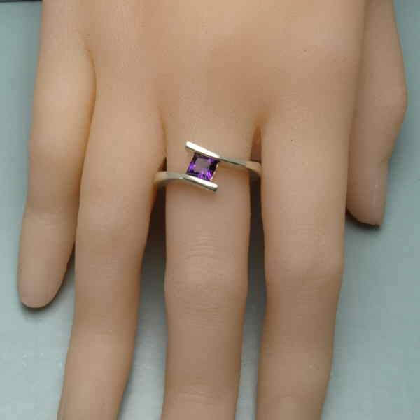 Princess swerve ring on hand